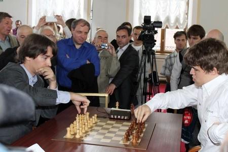 Блиц турнир на мемориале Таля выиграл Морозевич