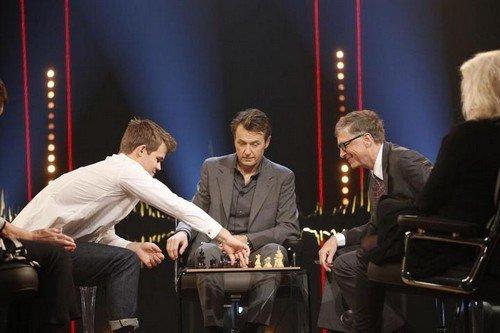 Магнус Карлсен сыграл партию с Биллом Гейтсом