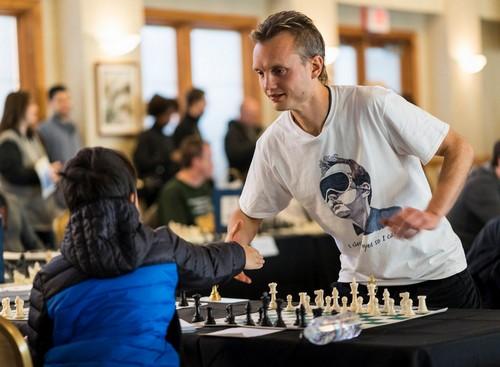 Новый мировой рекорд игры вслепую в шахматы