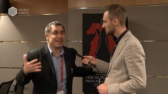 Василий Иванчук дает интервью