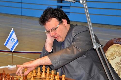 Эмиль Сутовский
